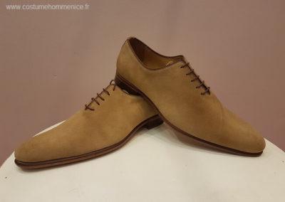 11866- daim beige- chaussures en cuir personnalisables, fabriquées main - Caralys Nice