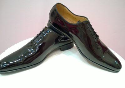 9680-vernis-noir- chaussures en cuir personnalisables, fabriquées main - Caralys Nice