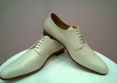 9685-ivoire-chaussures en cuir personnalisables, fabriquées main - Caralys Nice