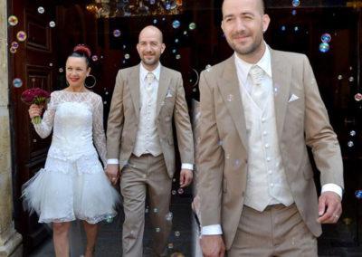 Yoann, mariage le 14 Juin 2014 à Montauroux avec un costume, gilet et chemise sur me