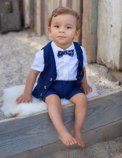 Ensemble petit garçon marine, 4 pièces, pantalon, chemisette, gilet,  noeud papillon pour vos cérémonies - Caralys Nice
