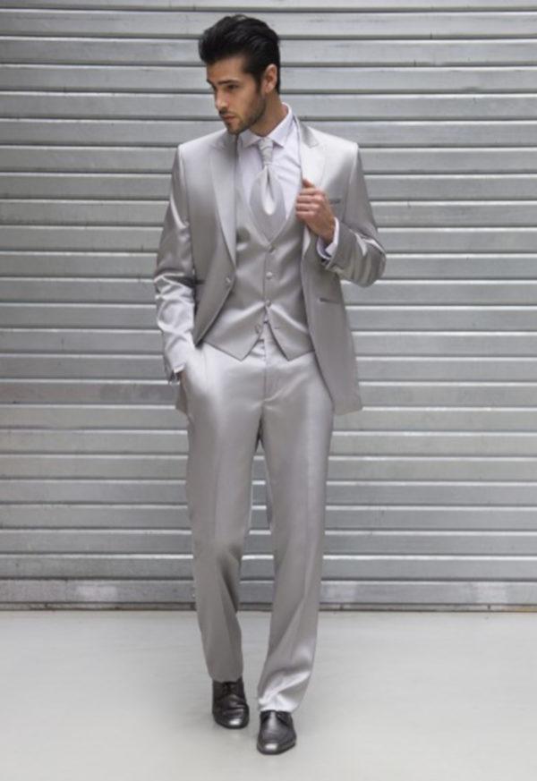 Costume de mariage gris clair soldé